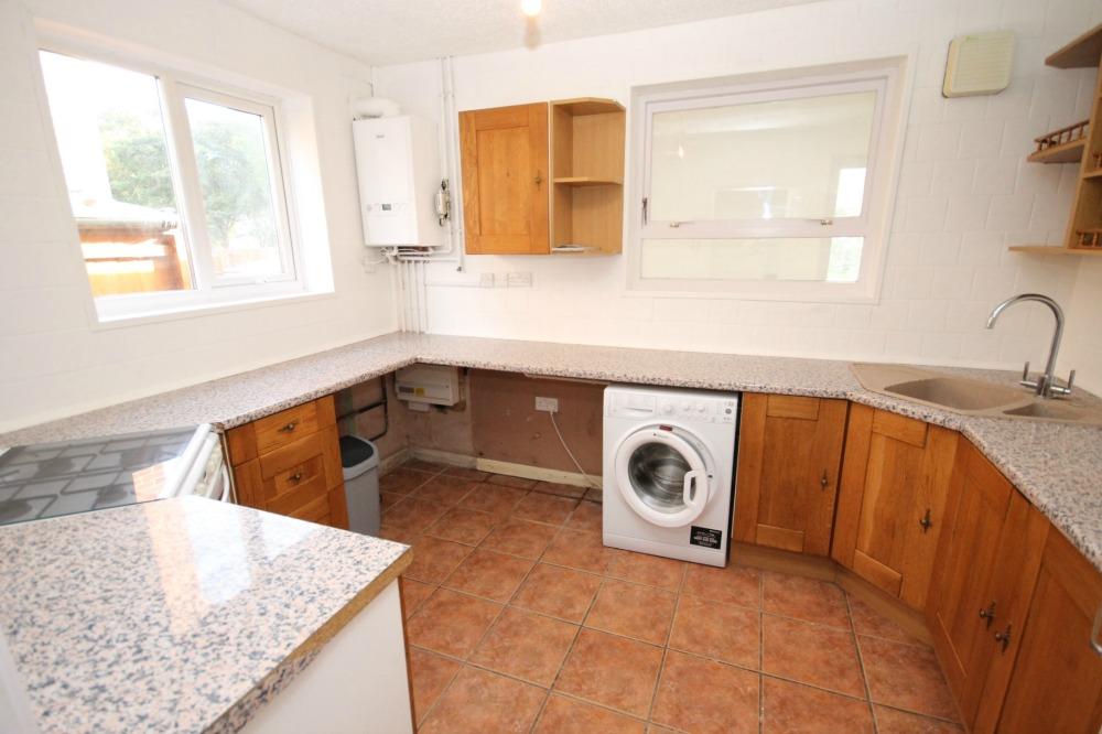 Ranworth Road student accomodation kitchen