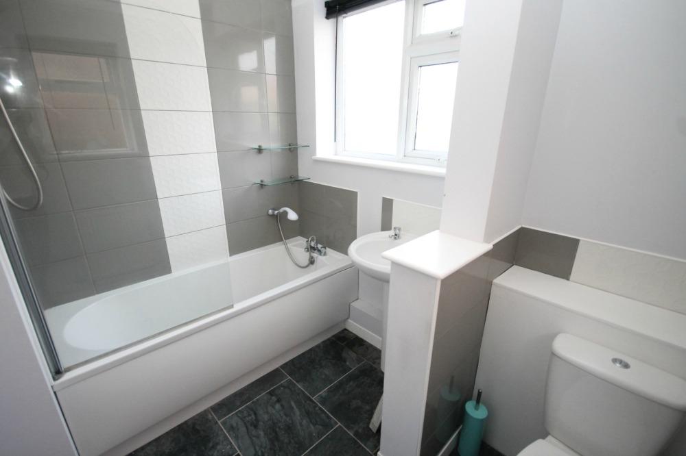 Ranworth Road bathroom